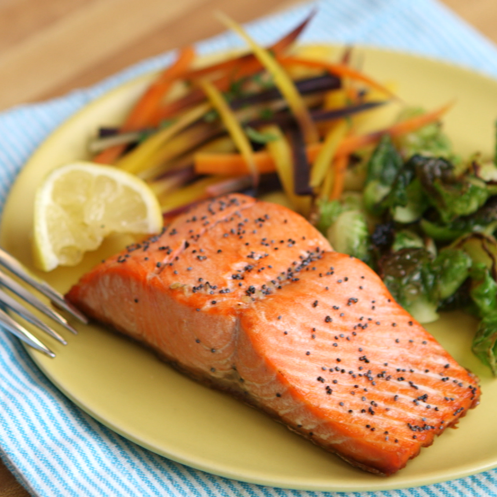 Lemon Poppy Salmon from Clean Eating on HEalthination by Arielle Haspel of BeWellwitharielle.com