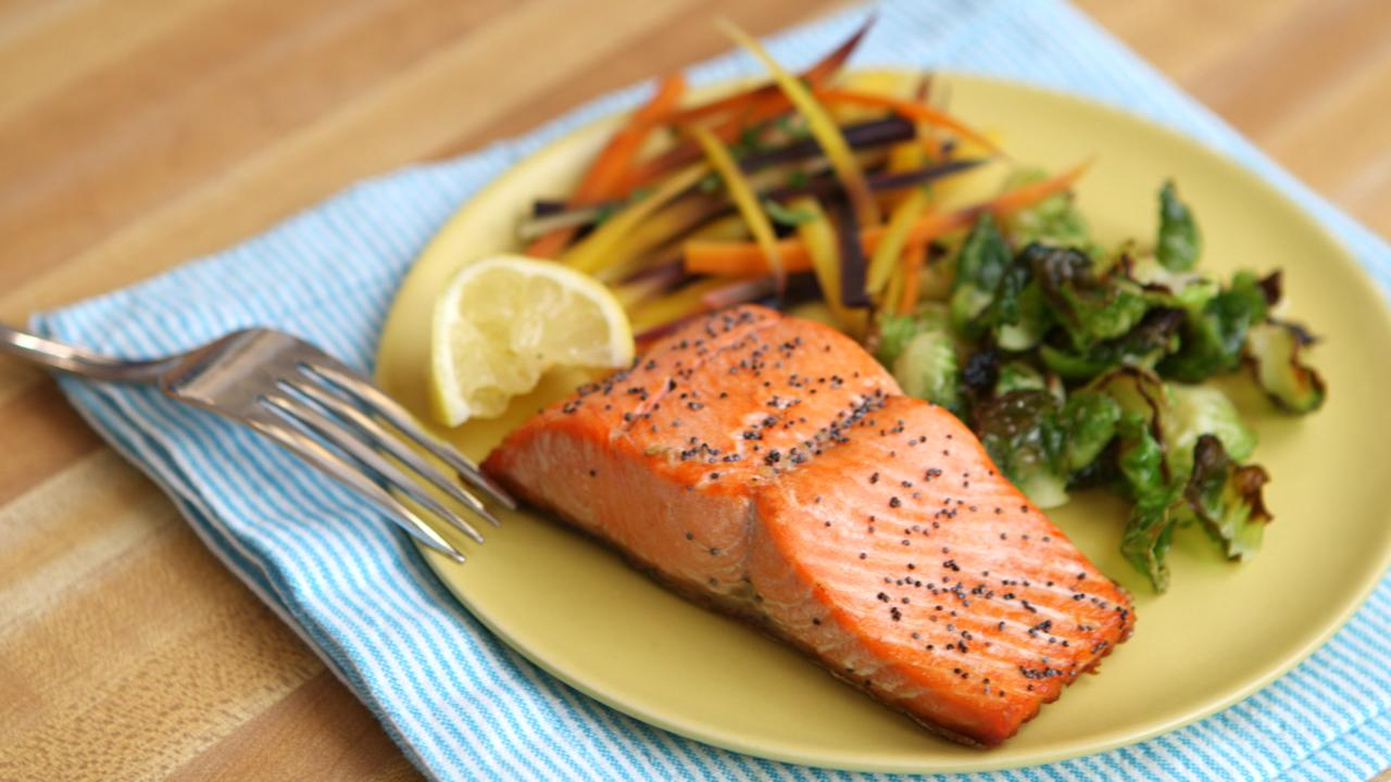 Lemon Poppyseed Salmon Be Well With Arielle