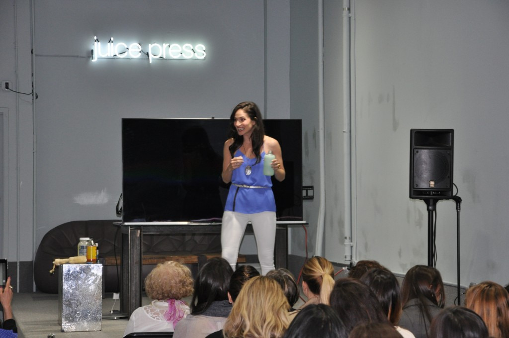 arielle haspel speaking at juice press event