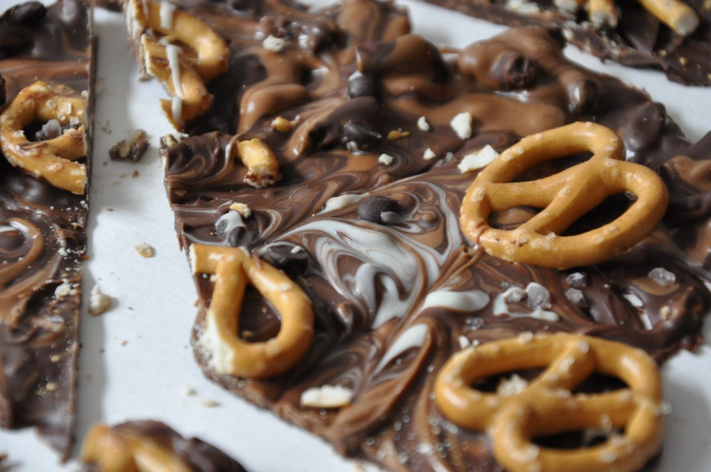 chocolate peanut butter bark by arielle haspel bewellwitharielle.com be well with arielle
