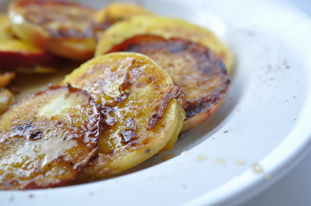 Apple French Toast by Bewellwitharielle.com