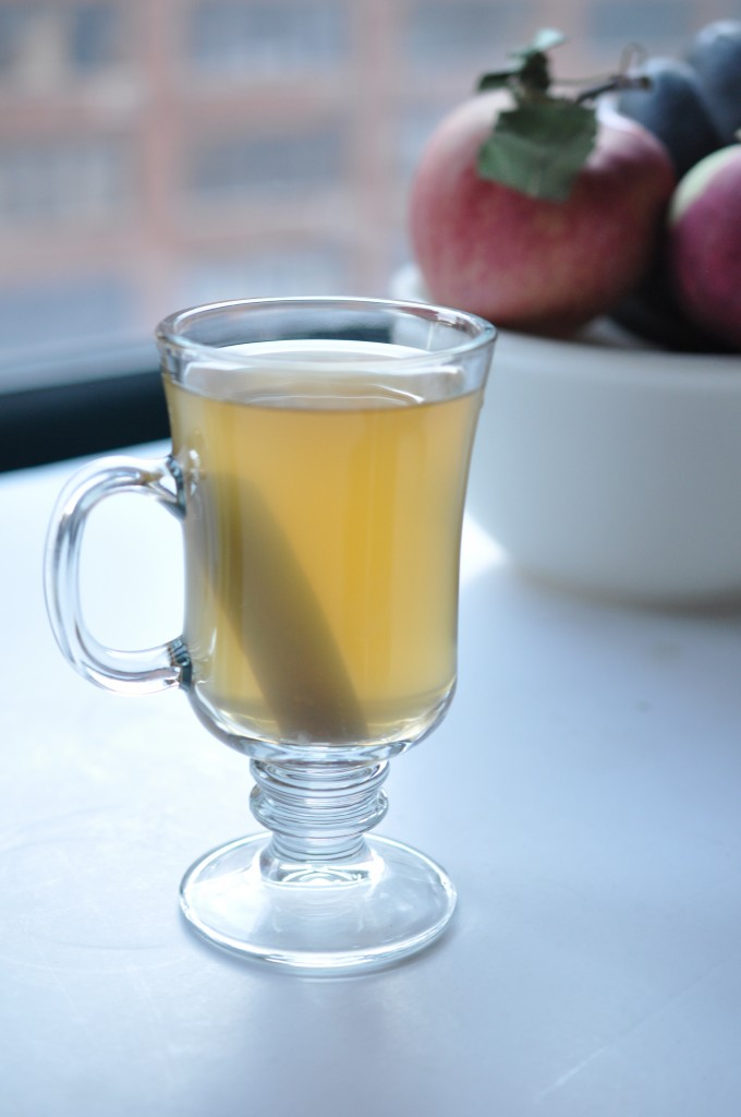 Apple- Cinnamon Tea