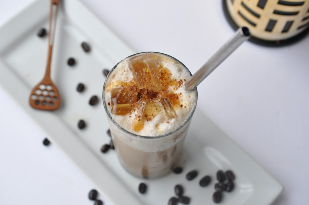 healthy home-made version of starbucks caramelized honey frappucino by arielle haspel and be well with arielle