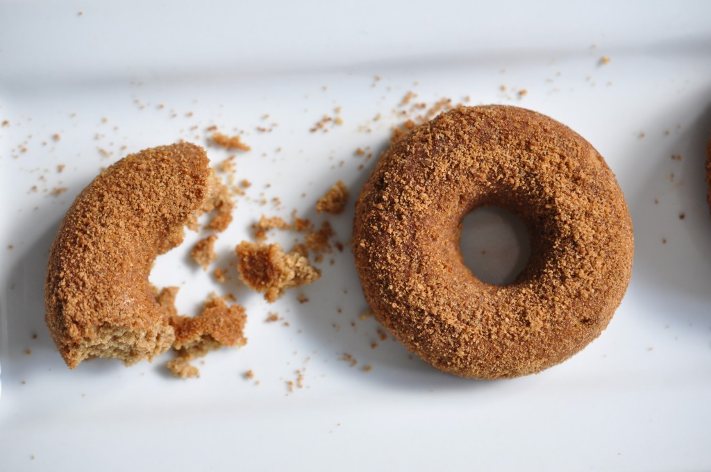 healthified apple cider donuts by arielle haspel of bewellwitharielle.com