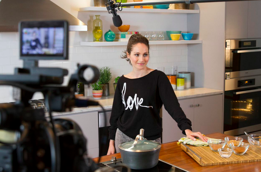 Glamour magazine cooking show with arielle haspel